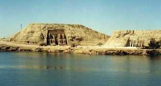 Day tour to Abusimbel