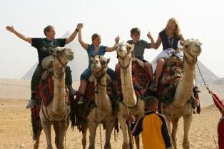 Egypt tours to pyramids