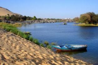 Travel to Aswan with 4 nights